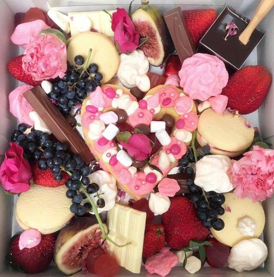 Valentines sweet picnic box